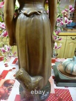 75cm superbe STATUE platre ancien, polychrome=la fermiére à la robe déchirée