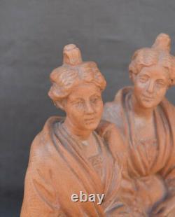 ANCIEN PLTRE PATINÉ signé C GUEDER DEUX ARLÉSIENNES SUR UN BANC TYPE FERIGOULE