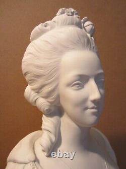 Ancien Buste Marie Antoinette Biscuit De Porcelaine De Sevres Signe Ab/old Bust