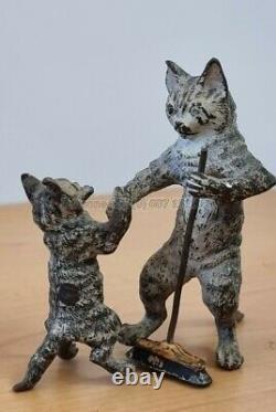 Ancien Rare Bronze de Vienne, XIXe leçon de balayage pour chaton