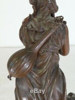 Ancien bronze de Eutrope BOURET'' La Frileuse'