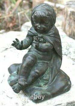 Ancien bronze un enfant ou chérubin