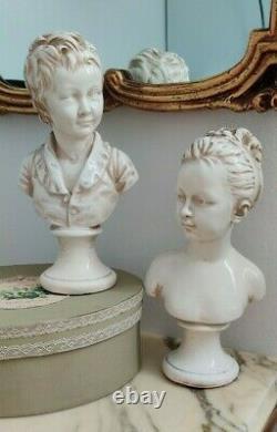 Ancien paire de bustes Louise et Alexandre en terre cuite vernissée, signé J. P