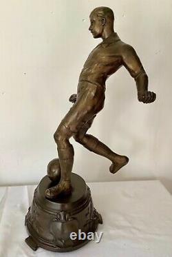 Ancienne Grande STATUETTE de FOOTBALLEUR début 1900 en RÉGULE Patine Bronze