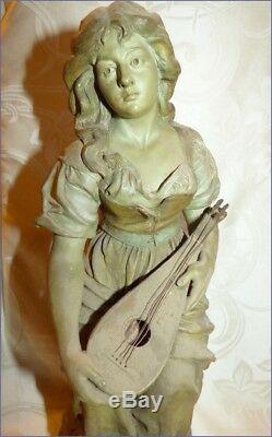 Ancienne Grande Satue de Femme LE MIGNON Terre Cuite Signée J. Le Guluche Hann