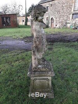 Ancienne Statue De Jardin En Pierre Fillette Aux Raisins