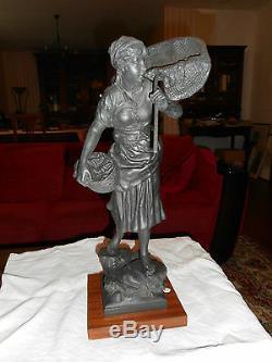 Ancienne Statue Regule