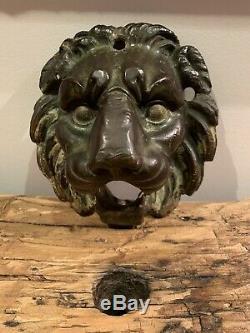 Ancienne bouche de fontaine tête de lion en bronze statue sculpture bassin XIXè