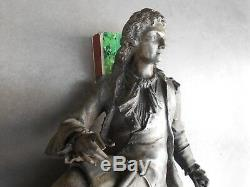 Ancienne grosse statue Denis PAPIN en régule inventeur de la machine à vapeur