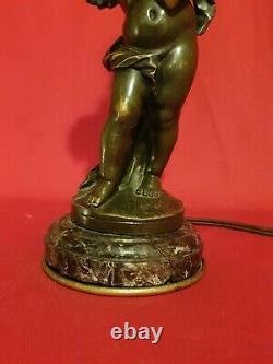 Ancienne lampe angelot en Bronze signée Auguste Moreau