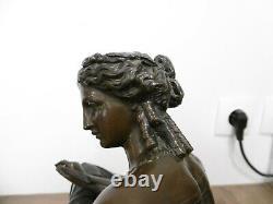 Ancienne sculpture statue en bronze signé Moreau authentique