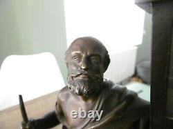 Ancienne statue sculpture en bronze homme a la lanterne pyrogène