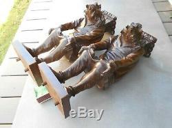 Ancienne superbe paire entretoises de meuble en forme de personnages grotesques