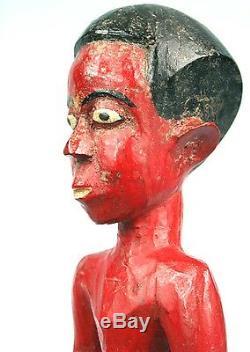 Art Africain Colonial Ancien Colon Baoulé en Short Regard Étonné 30 Cms
