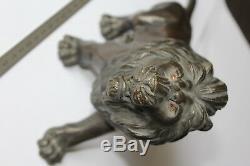 (B) Lion ancien en bronze avec cachet (Asie, Chine, Indochine)