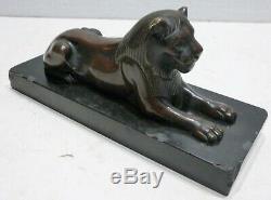 Belle STATUETTE Ancienne en Bronze patiné Lionne XIXe