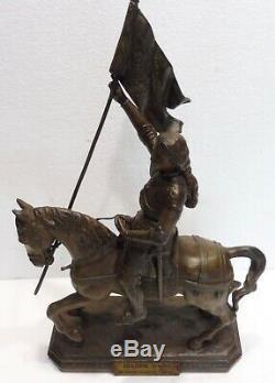 Belle STATUE ancienne régule JEANNE D'ARC à CHEVAL par FOULON XIXème siècle