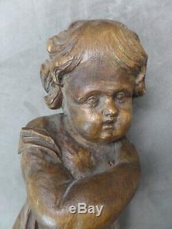 CHERUBIN ancien, en bois sculpté
