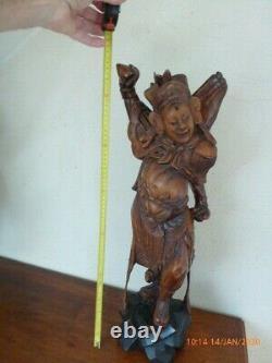 Danseur- guerrier Bois dur Chine Début XXe siècle Art ancien CHINE