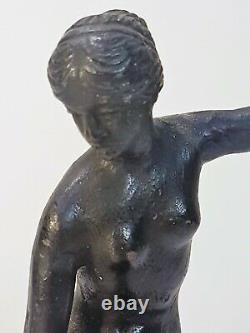Danseuse nue sculpture statue ancienne