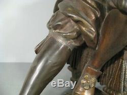 Denis Papin Et Sa Machine A Vapeur Sculpture Ancienne En Régule Patiné