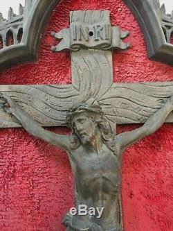 Énorme ancien autel crucifix Christ cathédrale régule Notre Dame 62cm Retable