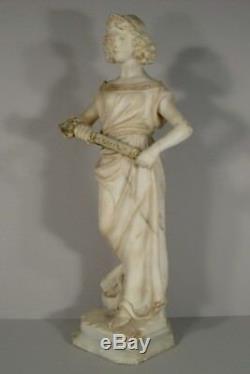 Femme Guerrière Sculpture Ancienne En Albtre Signée Cipriani / Statue Cipriani