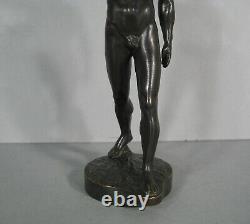 Homme Athlète Nu Salut Olympique Berlin Bronze Ancien Signé Guiraud-rivière