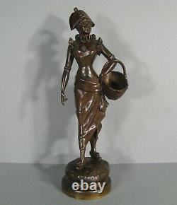 Jeune Femme Elegante Au Panier Sculpture Bronze Ancien Signé Alfred Grevin