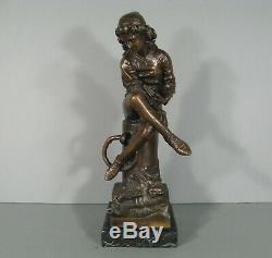 Jeune Homme A La Lecture Ancienne Sculpture En Bronze / Statue Bronze Damoiseau