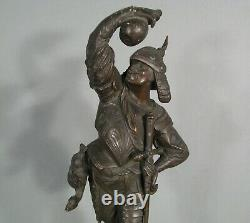 Mercenaire Condottiere Soldat Renaissance Lansquenet Ancienne Sculpture Bronze