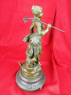 Sculpture en Bronze Ancienne C. Desmeure statue Jeune Femme Paysanne