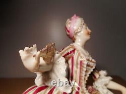 Sculpture statue ancienne biscuit porcelaine 19 siècle femme style rocaille