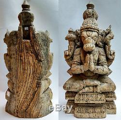 Spectaculaire ancienne statue en bois avatar de Vishnou Inde du Sud 18e