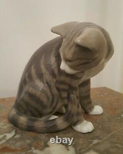 Statue Chat tigré Porcelaine Royal Copenhague ancienne en Parfait état
