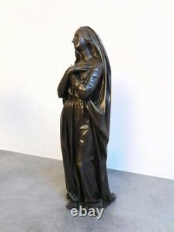 Statue D'une Femme Ancienne En Bronze