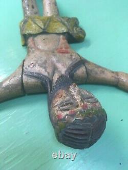 Statue ancienne religieuse Christ en bois