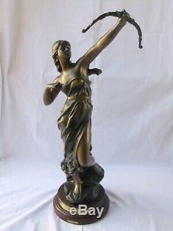 Statue sculpture ancienne Diane de Julien Caussé art nouveau femme arc bronze