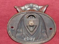 Tête de taureau en fonte ancienne décoration de boucherie début 20e siècle