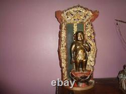 Très Ancien Bouddha dans son tabernacle